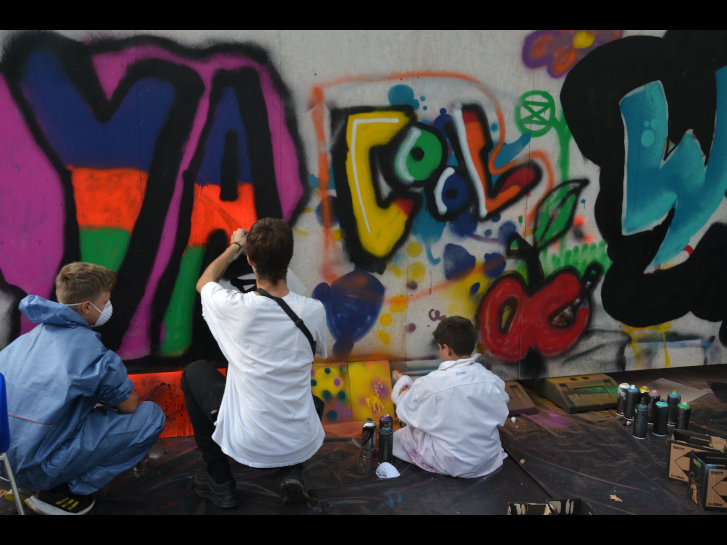 Ein Highlight am Tag der offenen Tür: der Graffiti-Workshop für junge Menschen. Foto: Gerhard Blind