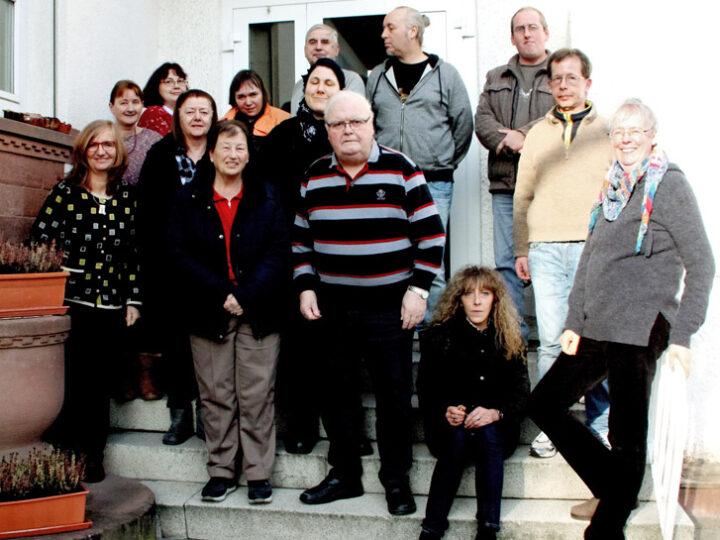 Tagesstätte Wald-Michelbach. Mitarbeitende des Diakonischen Werks Bergstraße und Klienten. Foto: bbiew